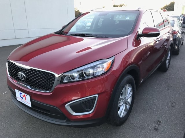 New 2018 kia sorento lx suv in lawrence k8182 commonwealth kia new 2018 kia sorento lx sciox Gallery